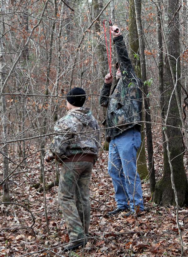 how to make a hunting slingshot