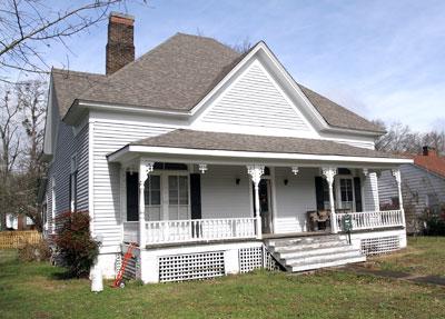historic-springville-home